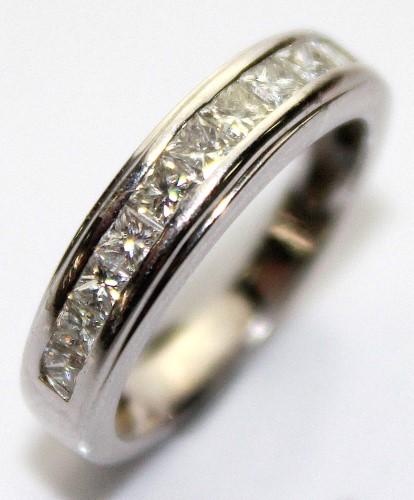 18ct White Gold Ladies Diamond Ring I