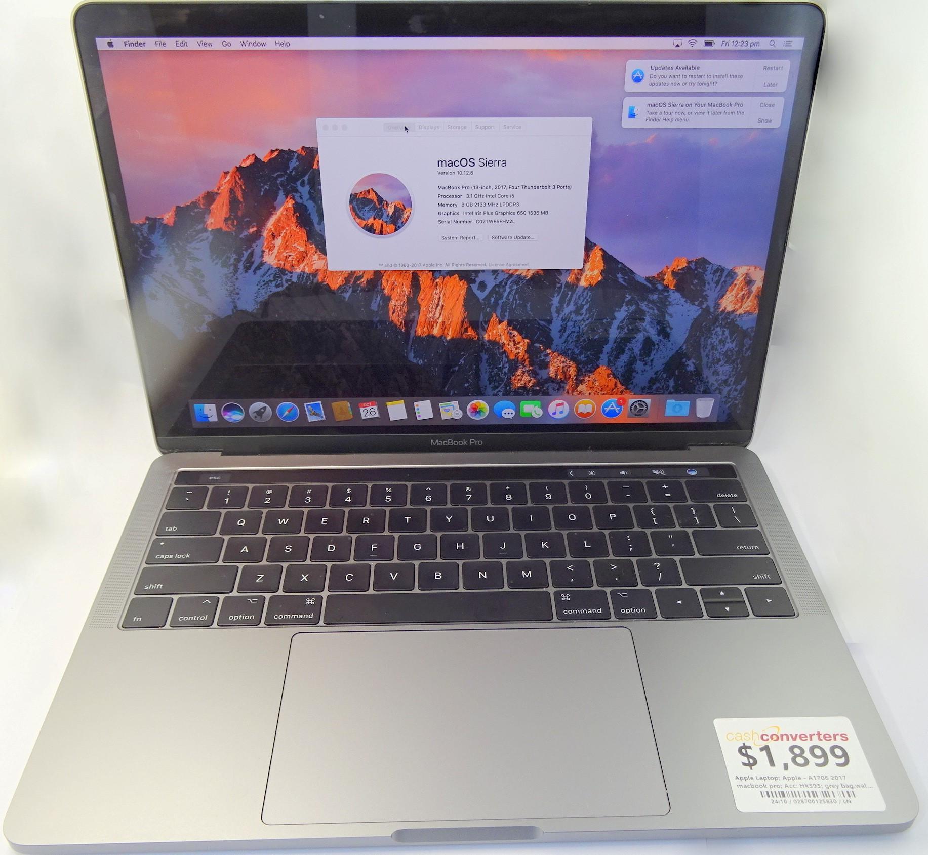 Apple 2017 macbook pro A1706 Intel Core i5 8GB 2017 SILVER