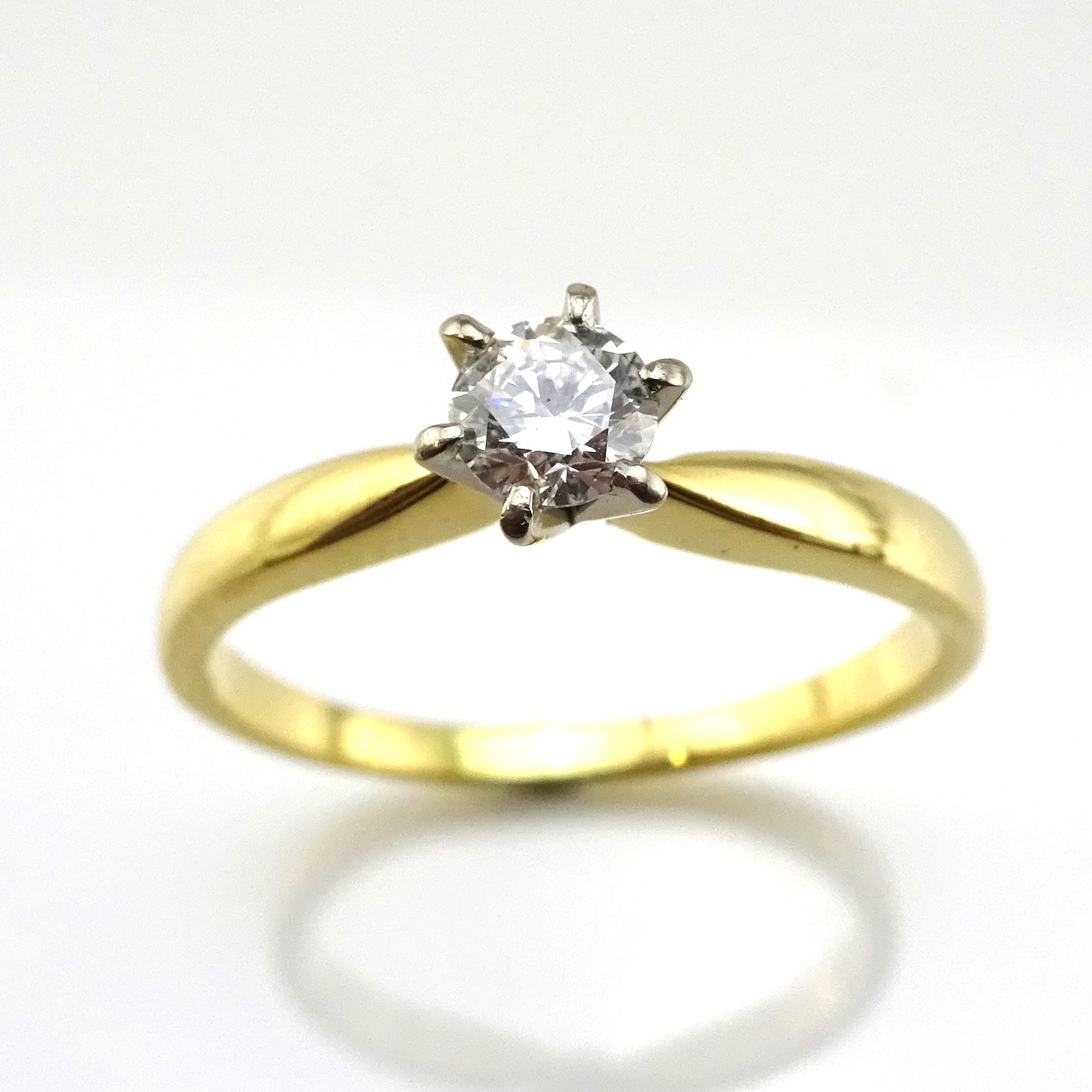 18ct Wb Yellow Gold Ladies Ring S